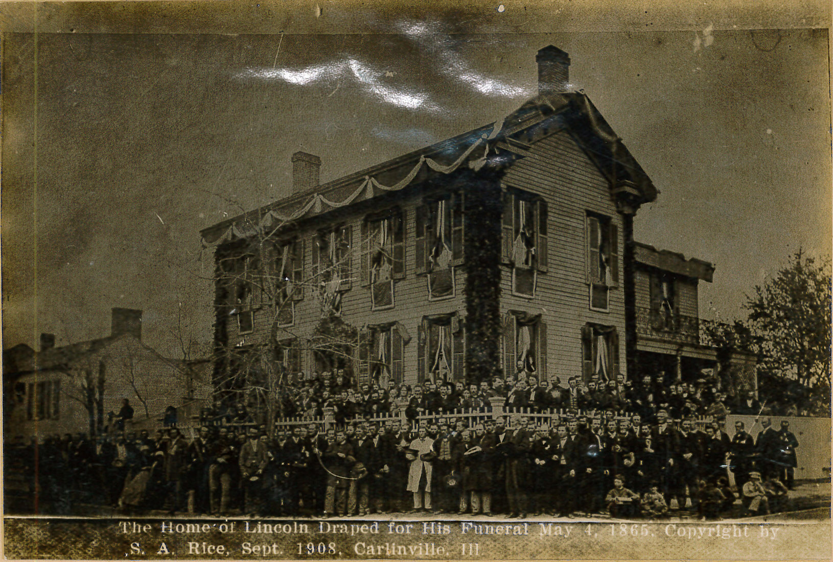 Photograph – Home of Lincoln Draped in Black