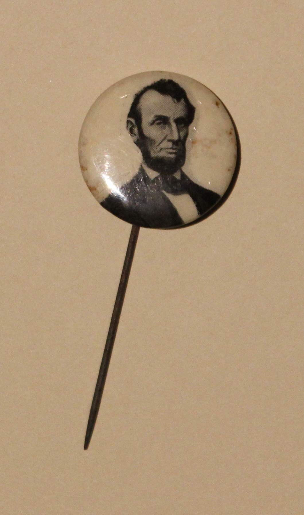 Pratt Straight Pin Mourning Button